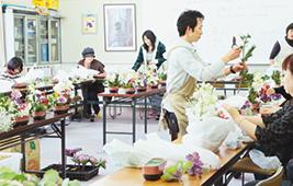 地域のイベントで講師を務める小川さん
